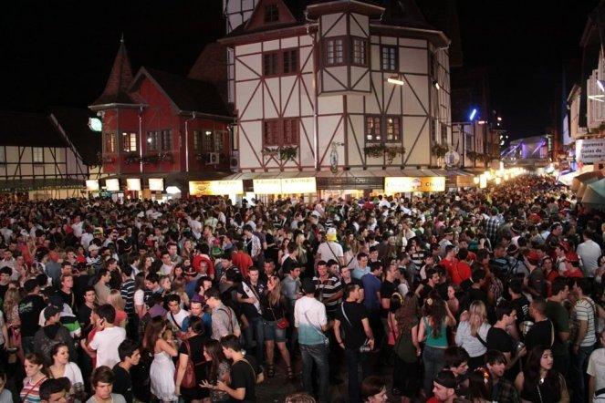 vila-germanica-oktoberfest