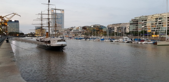 fragata puerto madero